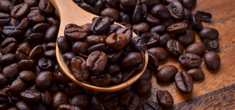 Coffee _beans _spoon
